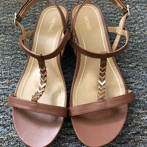 Strappy Vionic Brown and Gold Sandals Size 11